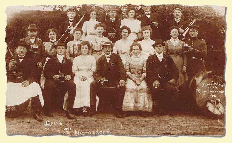 Kirmesgesellschaft von Nermsdorf 1911